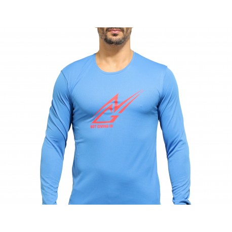 T-shirt sport NOT GIVING IN anti-transpirant bleu ciel logo rouge